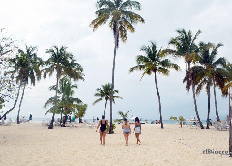Efectos del covid-19 en República Dominicana: Flujo turístico de 2020 fue similar al de 1998