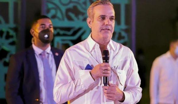 """Abinader deja iniciada la """"Reunión de Turismo de las Américas"""""""