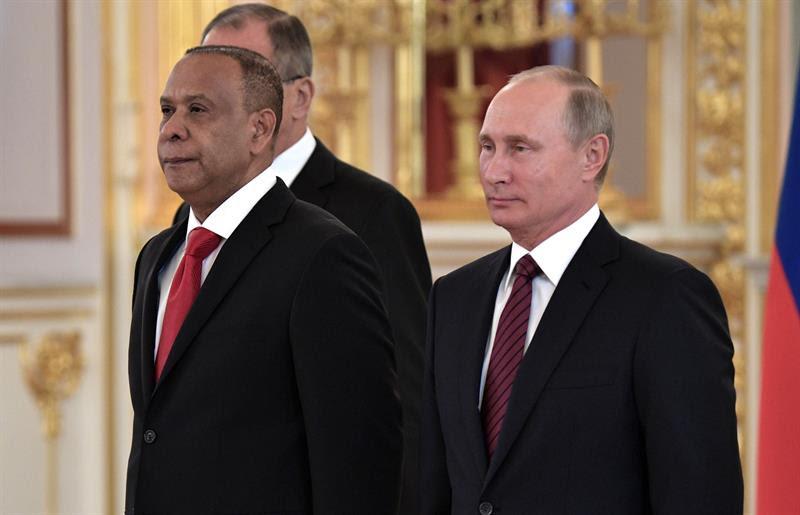 RUSIA: Putin recibe cartas credenciales de embajador de la Rep. Dominicana.