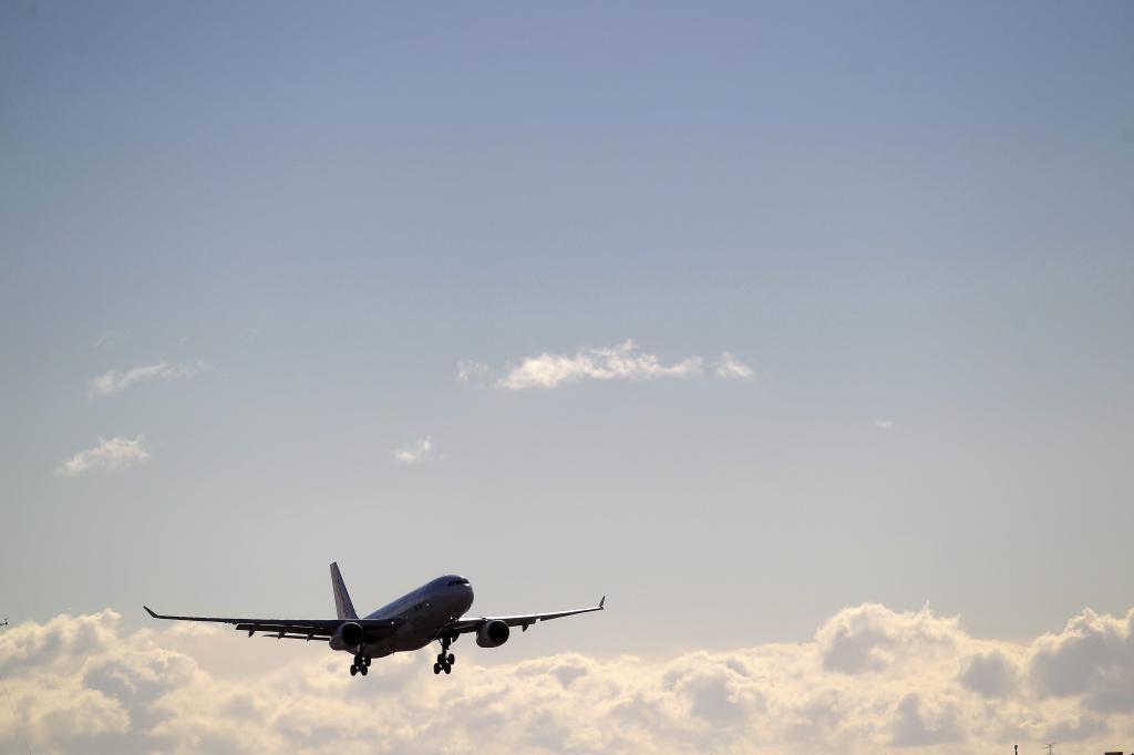 Vuelos al precio de una cena: Las aerolíneas lanzan sus ofertas de cara a un verano sin estado de alarma