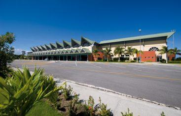 EEUU da el visto bueno a los vuelos de American entre Charlotte y Samaná
