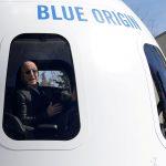 Fundador de Amazon Jeff Bezos irá al primer viaje de turismo espacial de Blue Origin