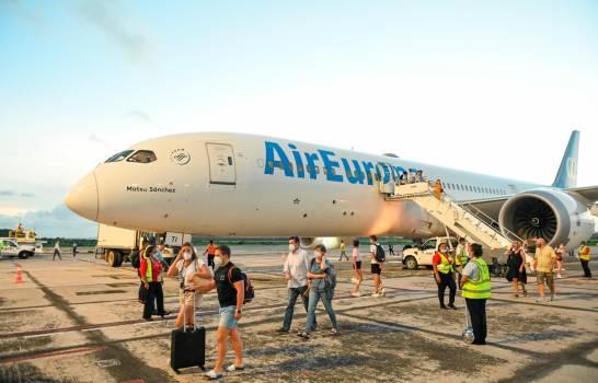 Air Europa conecta por primera vez Madrid-Samaná