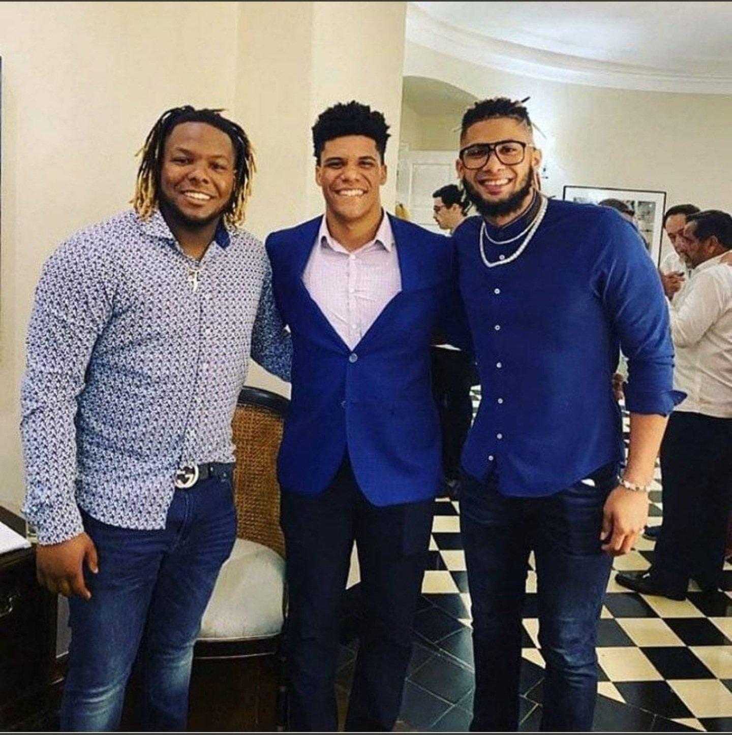 Tripleta  deportiva -Turística de RD en MLB Bladi Guerrero Jr. Juan Soto y Fdo.Tatis Jr.
