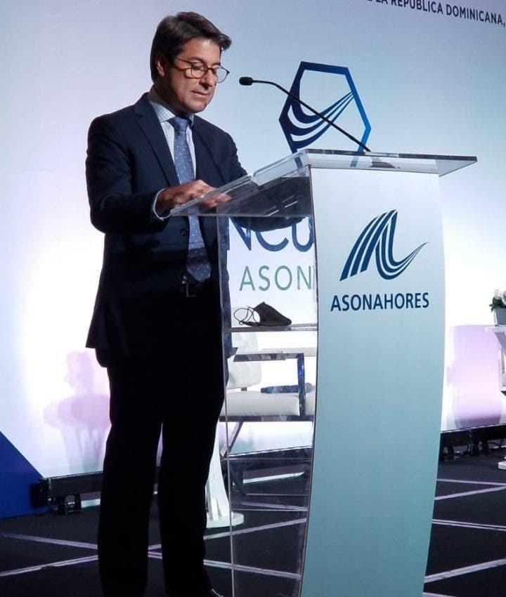 Presidente de ASONAHORES revela Covid afectó el 60% empleos en Turismo