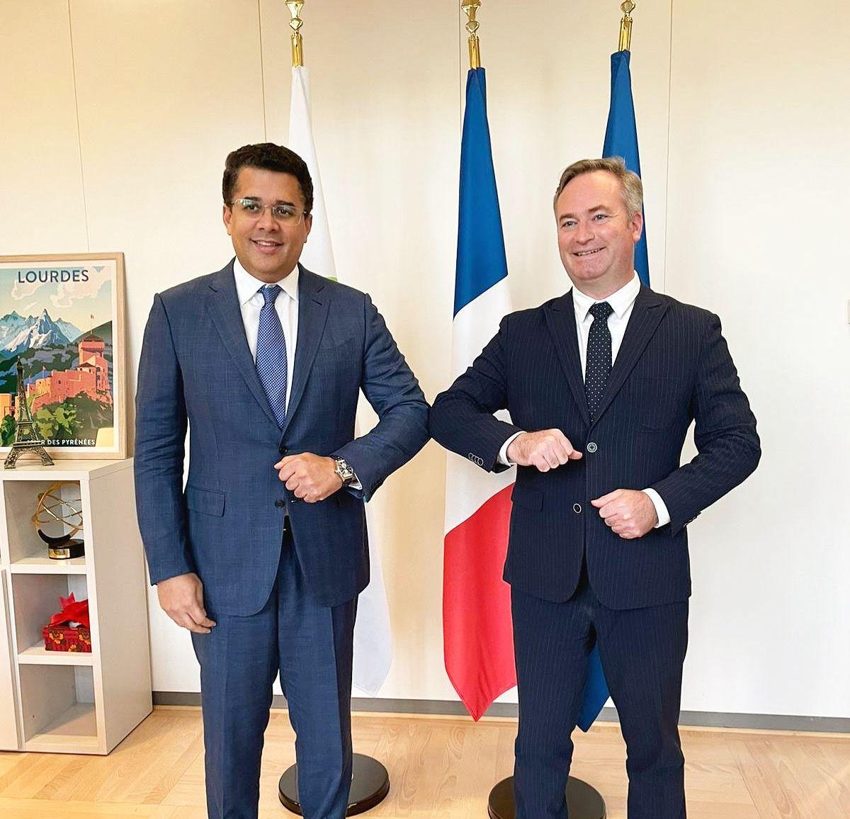 Ministro de Turismo pide a Francia cambiar a RD de categoría naranja a verde